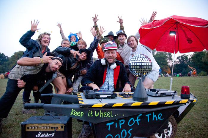 Shambala Story the shabby chic improvised wheelbarrow disco (2/2)